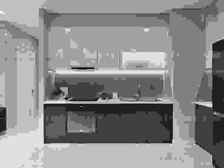 Thiết kế nội thất phong cách Châu Âu hiện đại cho căn hộ Landmark 5 Vinhomes Central Park Nhà bếp phong cách hiện đại bởi ICON INTERIOR Hiện đại