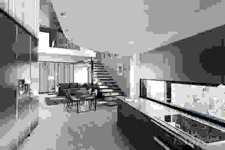 Kitchen and Lounge by 7Storeys Minimalist