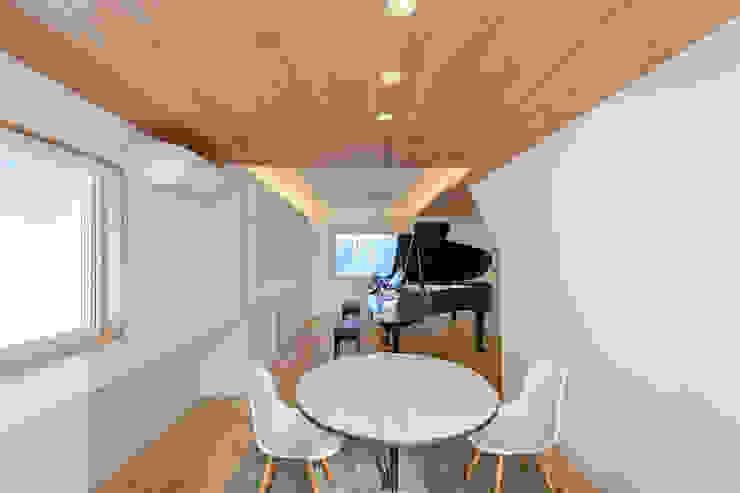 Рабочие кабинеты в . Автор – 一級建築士事務所 ima建築設計室,