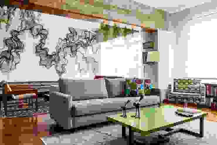 Apartamento Frei Caneca Marcella Loeb Salas multimídia modernas Madeira