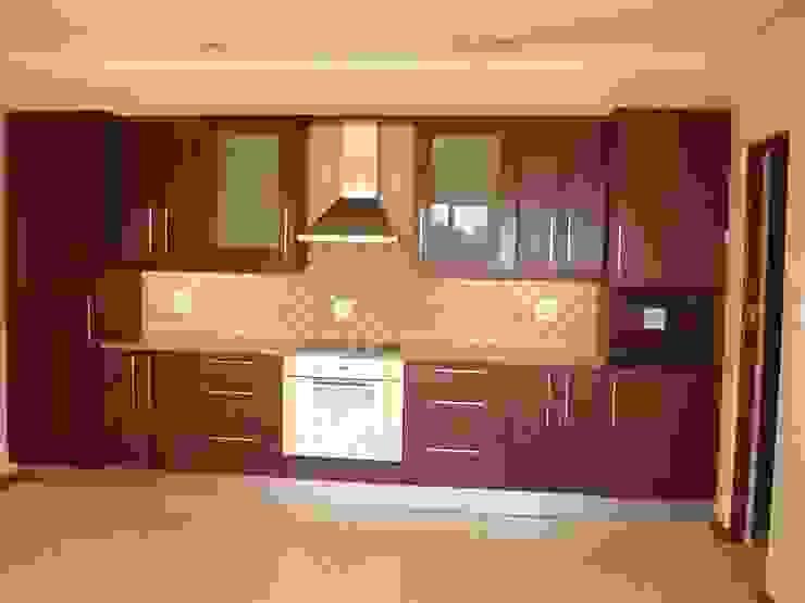 Kitchen Design : modern  by Nukitchen Interiors, Modern