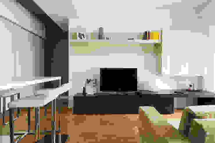 CAFFARELLA Soggiorno moderno di a2 Studio Borgia - Romagnolo architetti Moderno