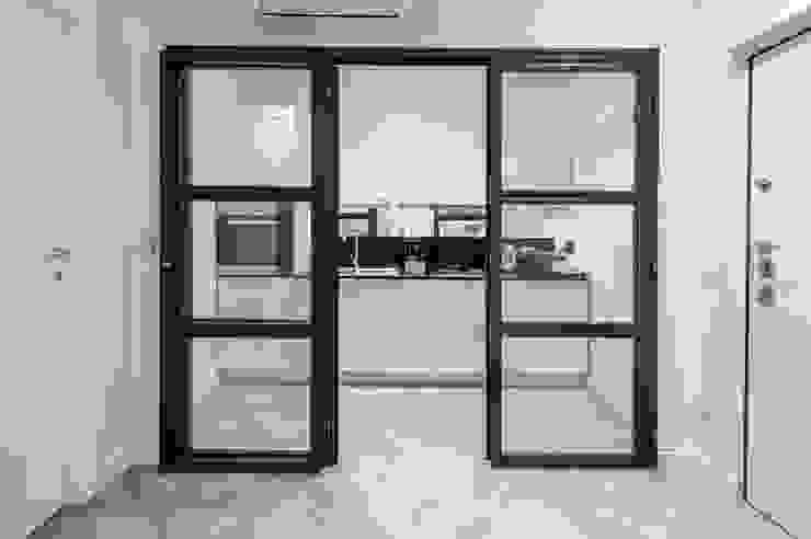 BARBERINI a2 Studio Borgia - Romagnolo architetti Cucina moderna