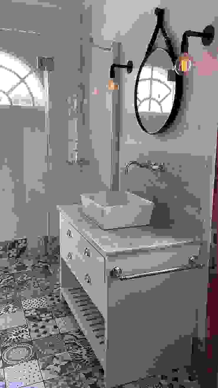 Lamparas Vintage Vieja Eddie BathroomLighting Iron/Steel Black