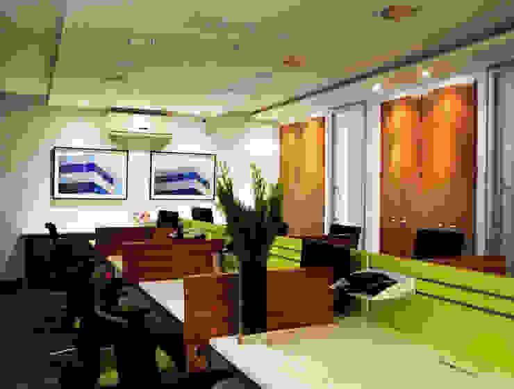 Enzo Sobocinski Arquitetura & Interiores Commercial Spaces Wood Green
