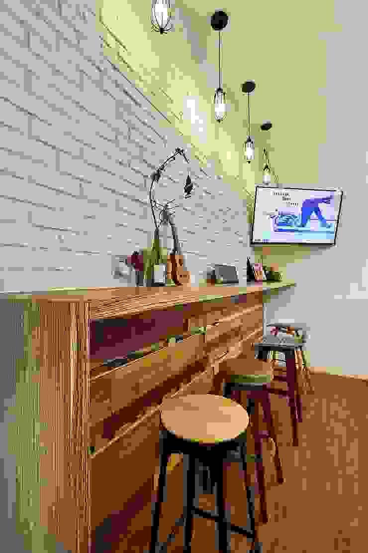 Modern dining room by 舍子美學設計有限公司 Modern