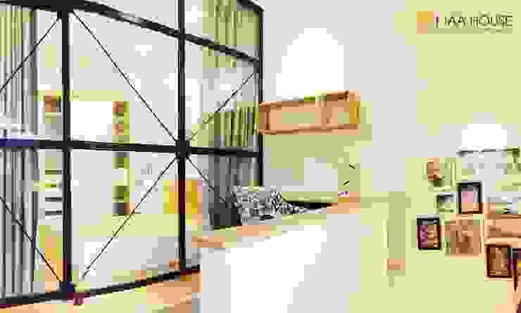 Căn hộ siêu tiết kiệm - Chung cư Ehome 2 Phòng học/văn phòng phong cách hiện đại bởi KTAA HOUSE Hiện đại