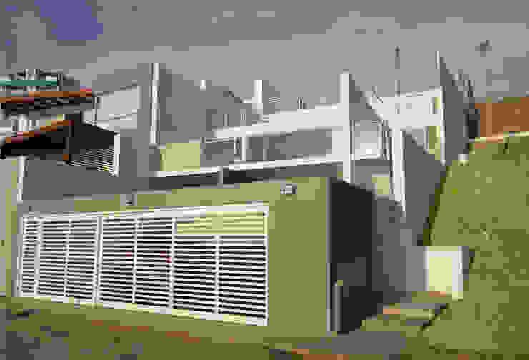 Fachada frontal Casas modernas: Ideas, diseños y decoración de Artem arquitectura Moderno