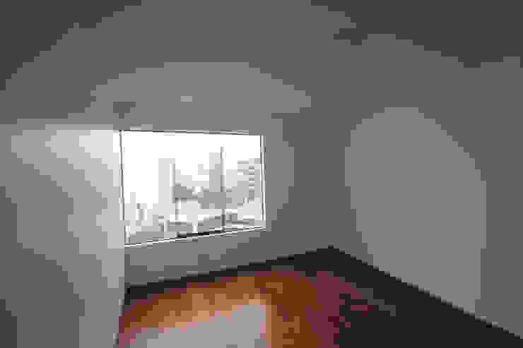 Penthouse dúplex San Isidro Dormitorios de estilo minimalista de Artem arquitectura Minimalista