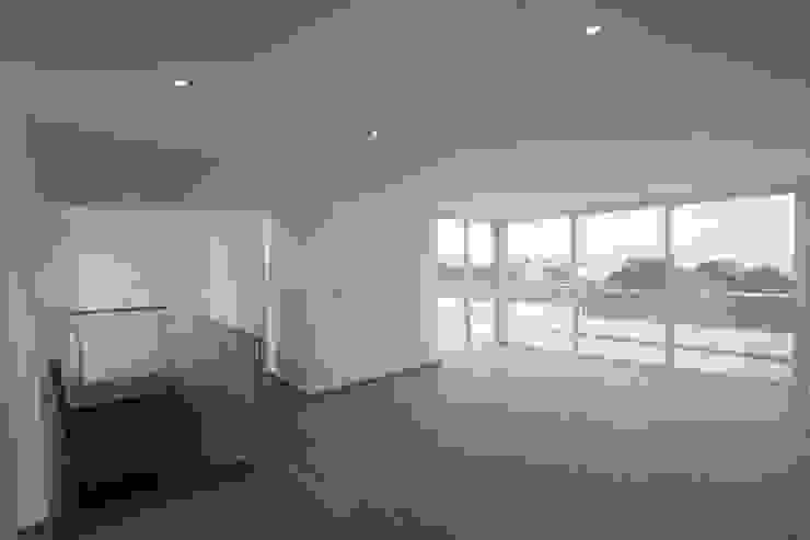 Penthouse dúplex San Isidro de Artem arquitectura Minimalista