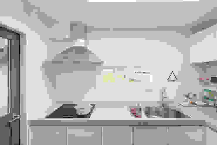 Dining room by atelier longo 아뜰리에 롱고