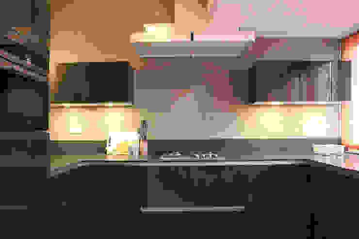 Alex Janmaat Interieurs & Kunst Cocinas equipadas Negro