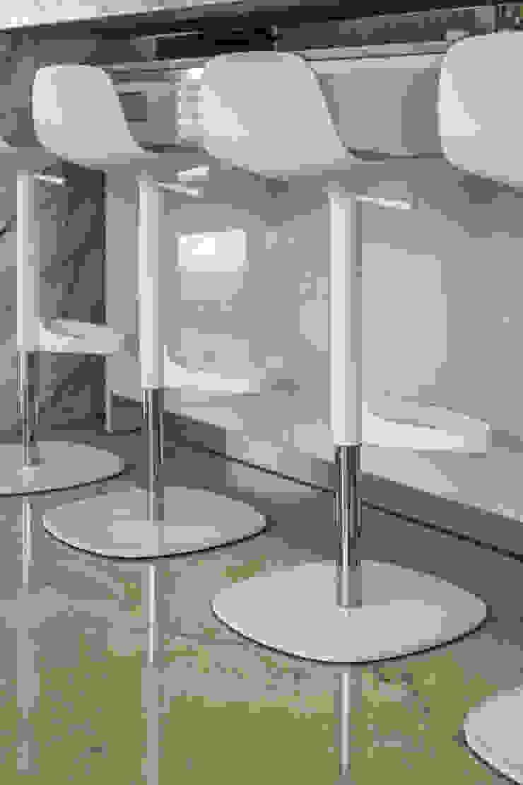 Cocina - Mobiliario pantry de Design Group Latinamerica Minimalista