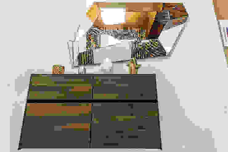 APTO J5 Design Group Latinamerica Salas/RecibidoresEstanterías