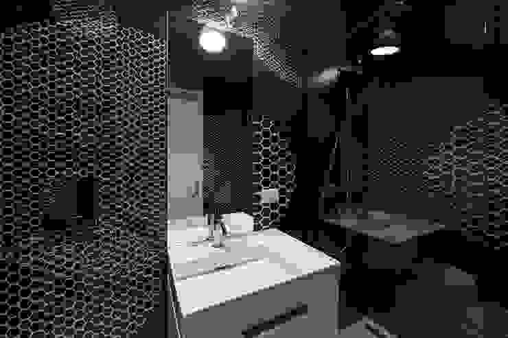 Bathroom Vemworks llc Bagno moderno Nero