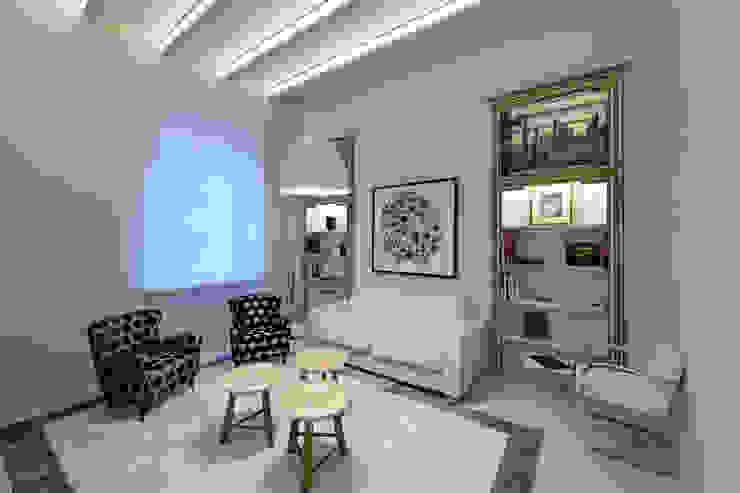 Living room Vemworks llc Soggiorno moderno Bianco