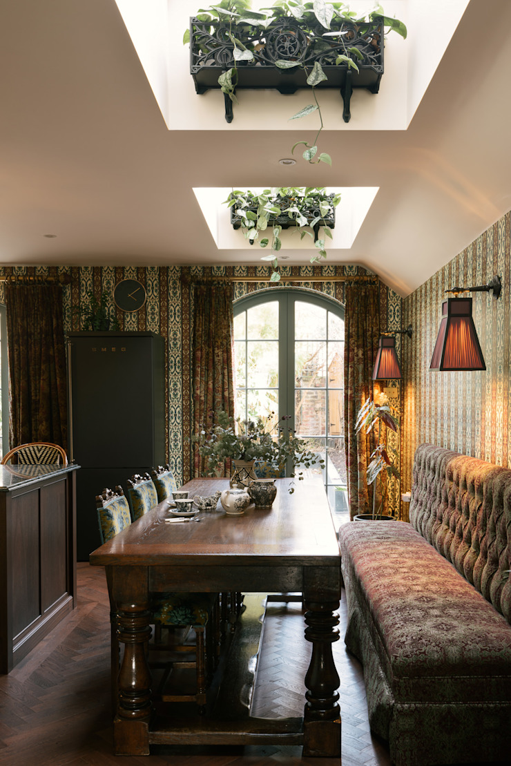The House of Hackney Kitchen by deVOL by deVOL Kitchens Eclectic Solid Wood Multicolored