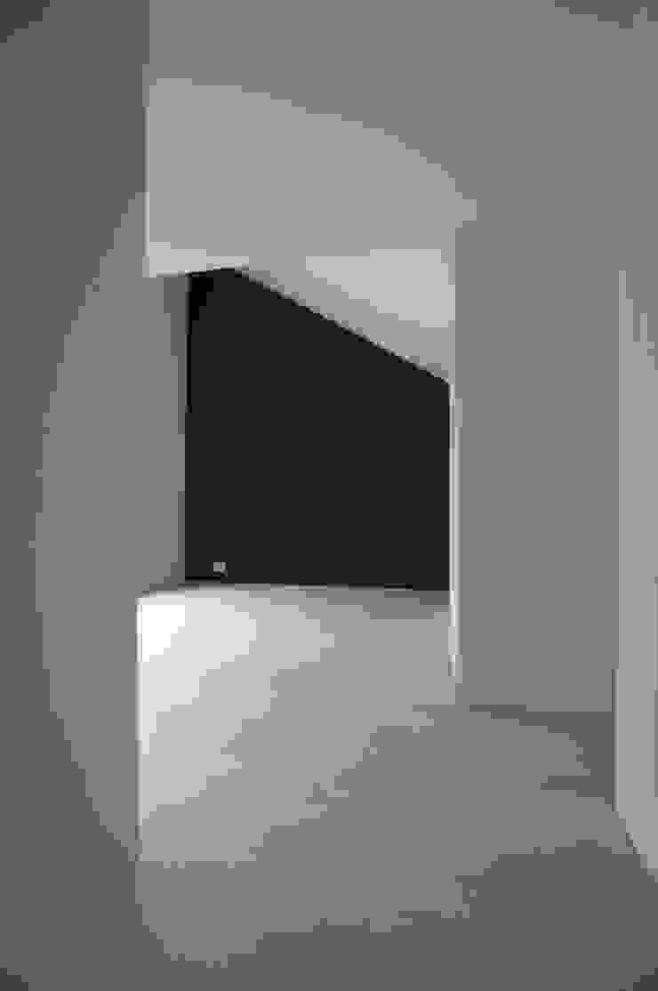 一級建築士事務所A-SA工房 Salas de estar modernas