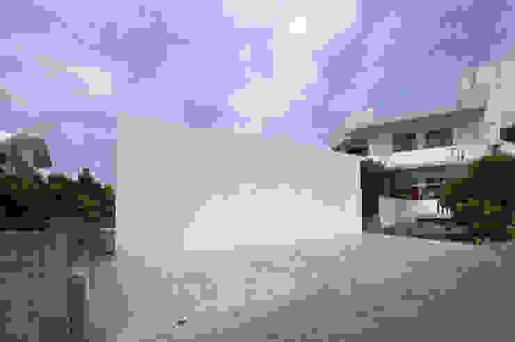 CBN-HOUSE 門一級建築士事務所 モダンな 家
