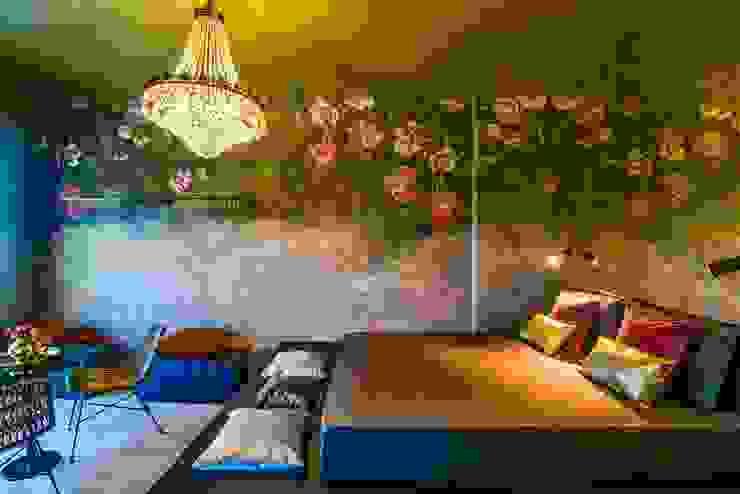 Borgo 48 Camera da letto eclettica di Arabella Rocca Architettura e Design Eclettico Argento / Oro
