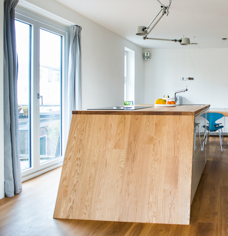 Nieuw kozijn by B1 architectuur Modern Solid Wood Multicolored