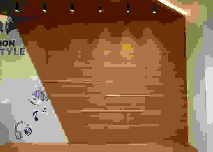 TokoI Inti Sukses Kantor & Toko Modern Oleh EquiL Interior Modern