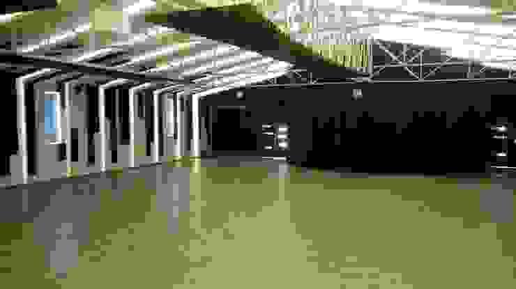 FEDEARROZ Bodegas de estilo ecléctico de arquitectura sostenible colombia Ecléctico Hierro/Acero