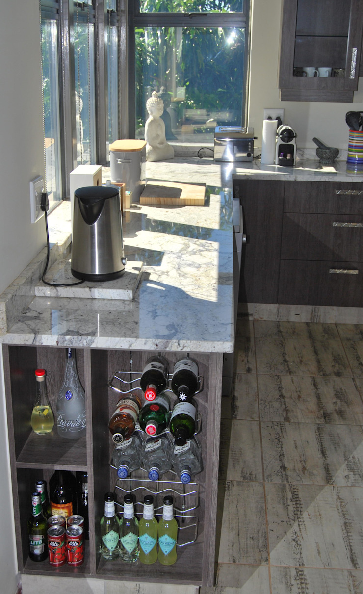 by Capital Kitchens cc Modern Wood Wood effect