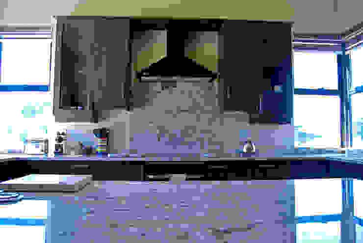 de Capital Kitchens cc Moderno Madera Acabado en madera