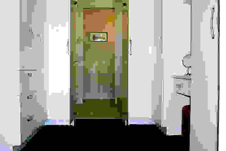 Minimalist bedroom by Capital Kitchens cc Minimalist Wood Wood effect