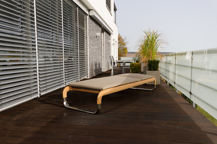 hake konzept Balconies, verandas & terraces Furniture