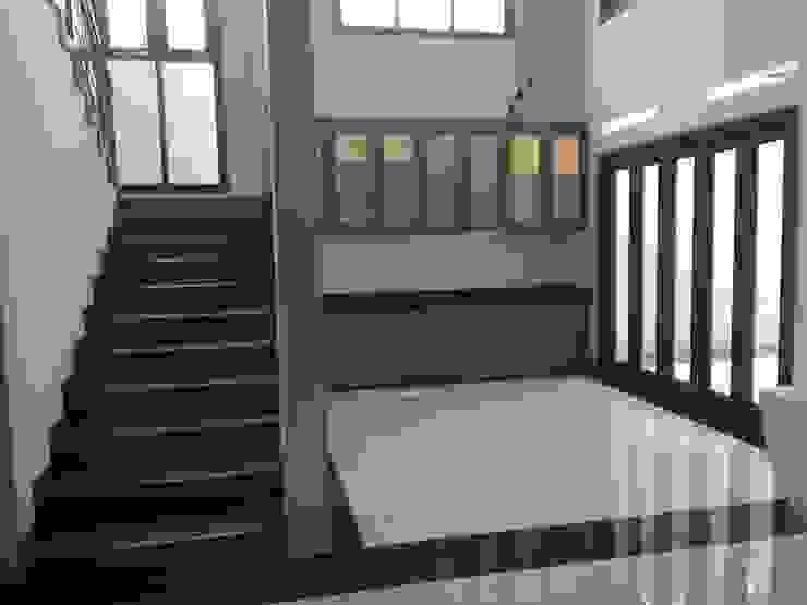 Ruang Makan Ruang Makan Modern Oleh Kahuripan Architect Modern Kayu Wood effect