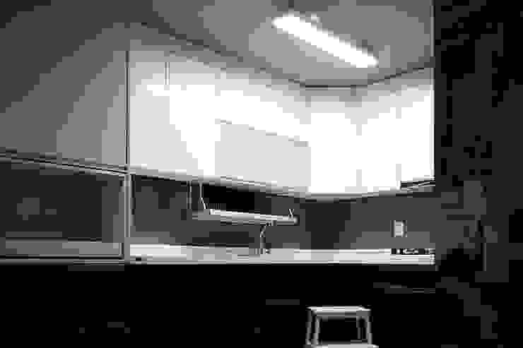 Modern kitchen by 제시카디자인그룹 Modern