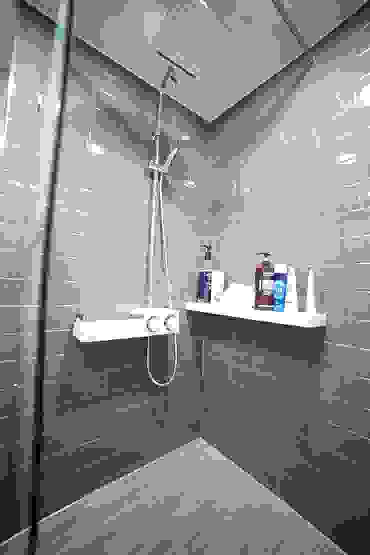 Modern bathroom by 제시카디자인그룹 Modern