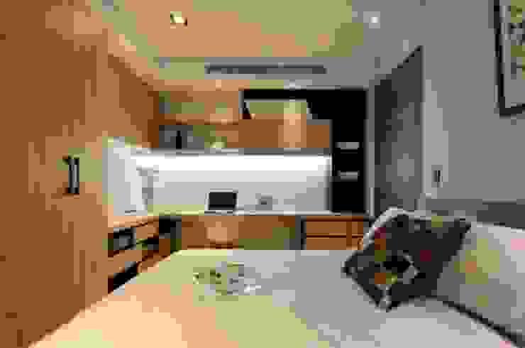 人文自然派的no.229舍 現代廚房設計點子、靈感&圖片 根據 喬克諾空間設計 現代風