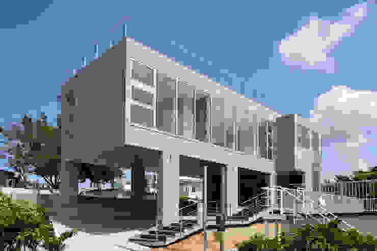 โดย プラソ建築設計事務所 โมเดิร์น