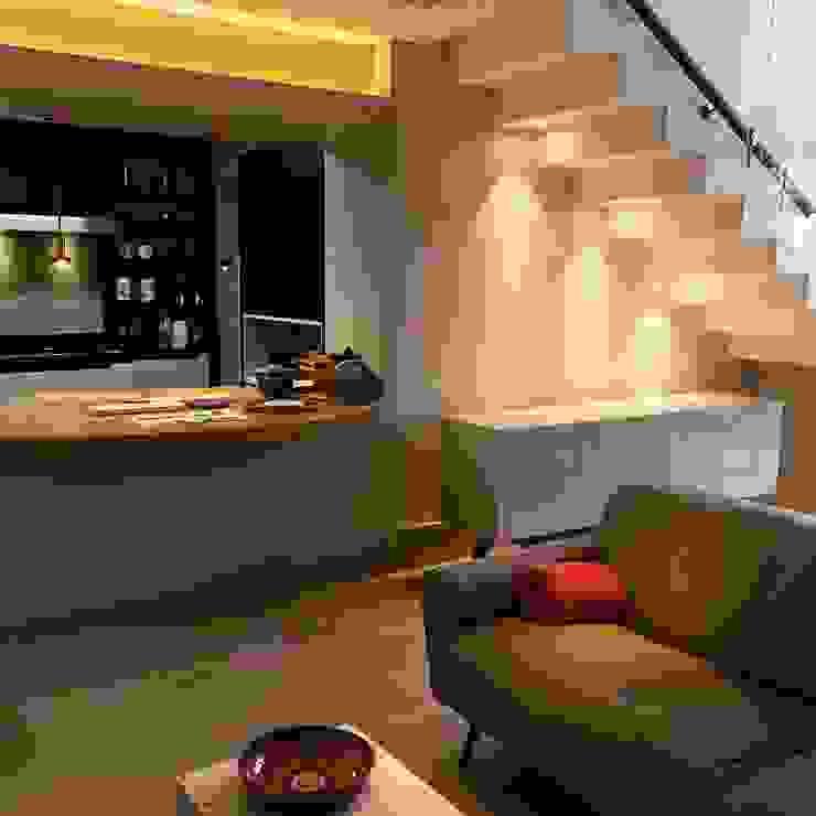 Cozinha-gourmet e Living por Elaine Hormann Architecture Moderno Fibra natural Bege