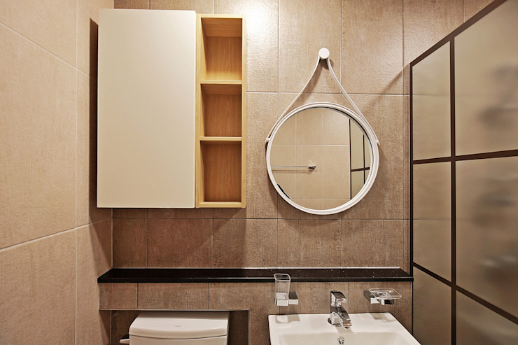 Salle de bain moderne par 피앤이(P&E)건축사사무소 Moderne