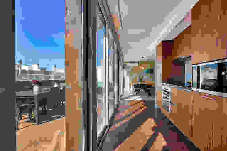 ShiStudio Interior Design KitchenBench tops