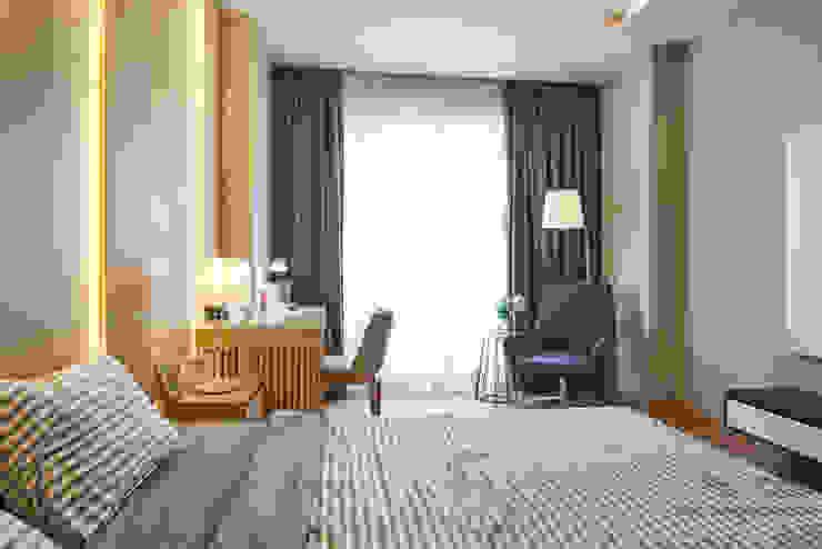 DỰ ÁN THIẾT KẾ THI CÔNG : CẢI TẠO NHÀ PHỐ – NHÀ Ở TƯ NHÂN Phòng ngủ phong cách hiện đại bởi Archifix Design Hiện đại