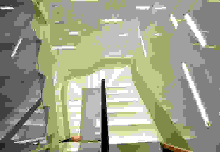 DỰ ÁN THIẾT KẾ THI CÔNG : CẢI TẠO NHÀ PHỐ – NHÀ Ở TƯ NHÂN bởi Archifix Design Hiện đại