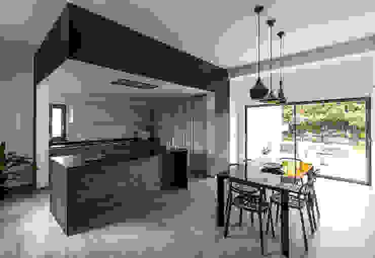 Arch. Francesco FEDELE Modern kitchen