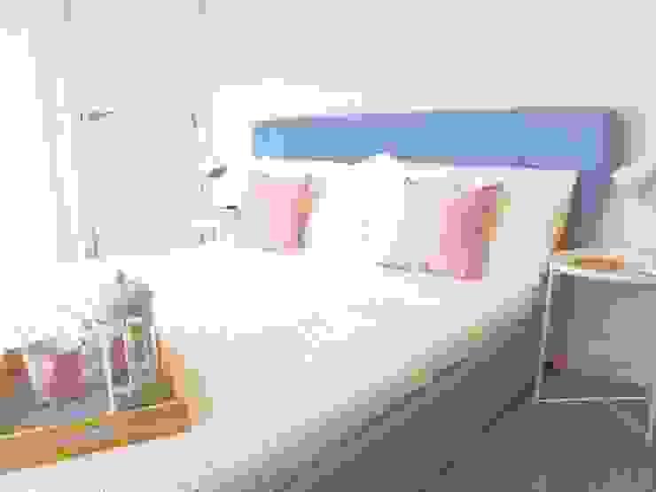 Scandinavian Спальня в скандинавском стиле от THE FRESH INTERIOR COMPANY Скандинавский Металл