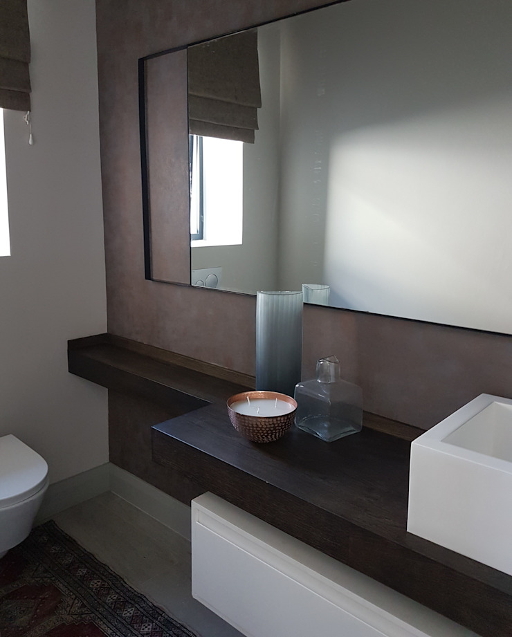 Copper & Grey Tones Modern bathroom by Sophistique Interiors Modern