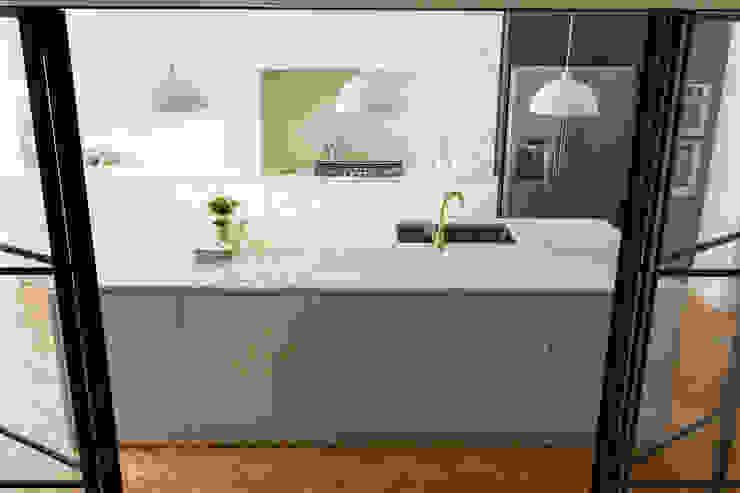 Urban rustic style - Victorian villa, Hammersmith My-Studio Ltd Rustic style kitchen MDF Pink