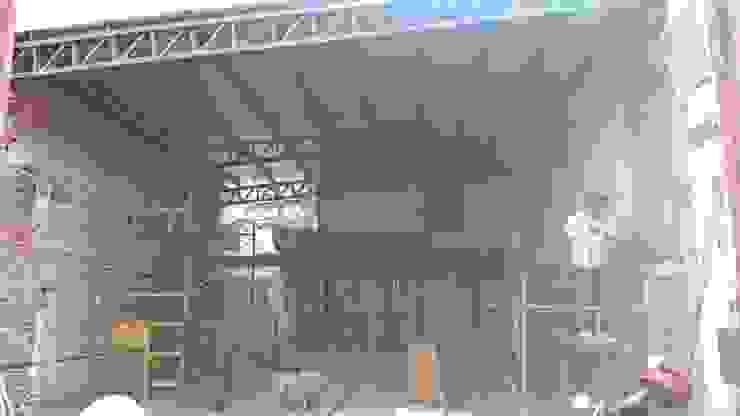 Trabajos de Albañilería en gral.- Oficinas y tiendas de estilo industrial de CONSTRU/ARQ: Construya Ud.una Arquitectura de manera PLANIFICADA, INTELIGENTE Y SEGURA Industrial