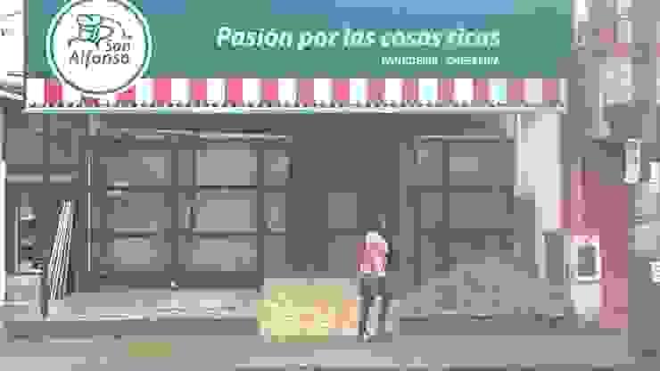 Colocación de cartel Comercial Oficinas y tiendas de estilo industrial de CONSTRU/ARQ: Construya Ud.una Arquitectura de manera PLANIFICADA, INTELIGENTE Y SEGURA Industrial