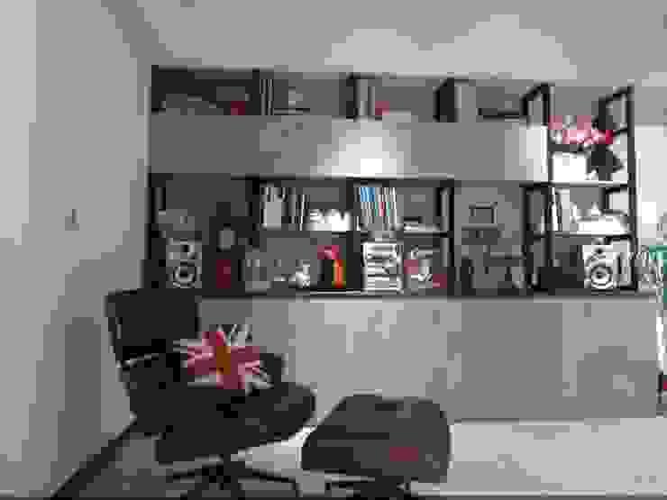客廳一角 根據 龐比度空間規劃 隨意取材風