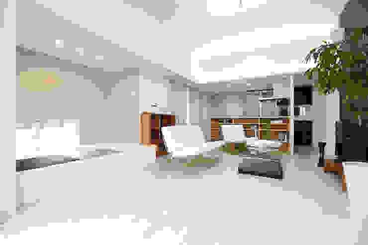 LDK、畳スペース: Style Createが手掛けた現代のです。,モダン