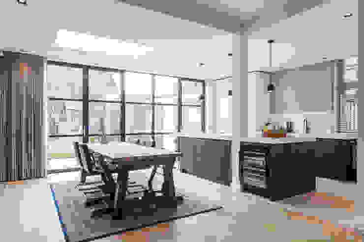 moderne leefkeuken van Bob Romijnders Architectuur + Interieur